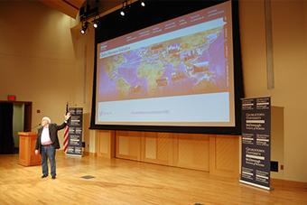 Walt Mossberg Talks Tech Trends